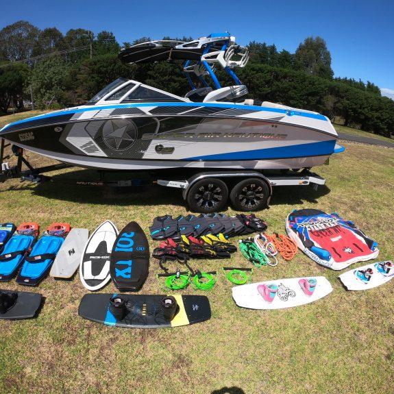 wake boat hire victoria